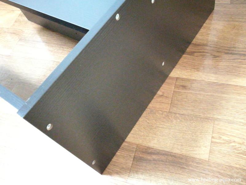 GEX扉付キャビネット610WN底板と背面板・中板・側板組み立て完成