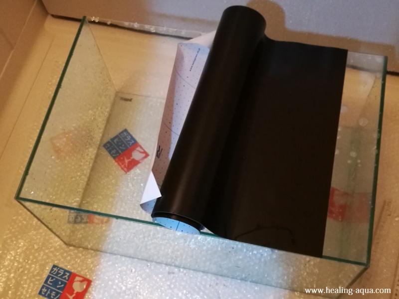 バックスクリーン貼り付け作業-2