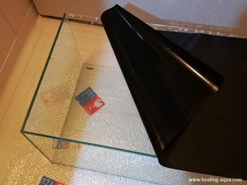 バックスクリーン貼り付け作業-4