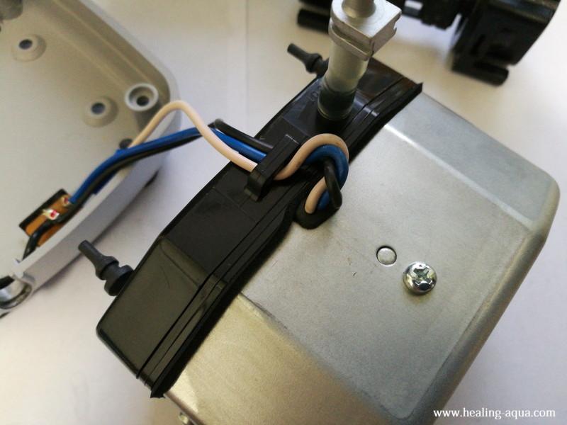 ハイブローC-8000振動子ブロックのBOXを密封