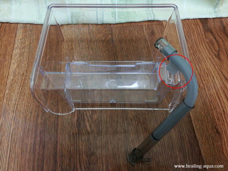 サテライト外掛式飼育ボックスの部品:L字パイプの取り付け