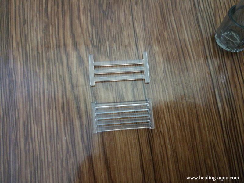 サテライト外掛式飼育ボックスの部品:排水スリット(太枠・細枠)