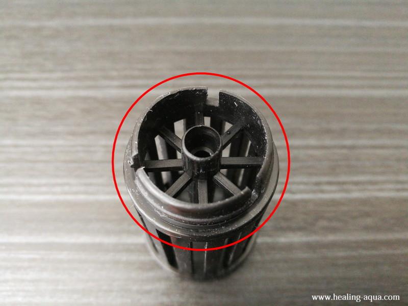 スポンジフィルターLS-30Sスポンジ内部に入っている部品下部