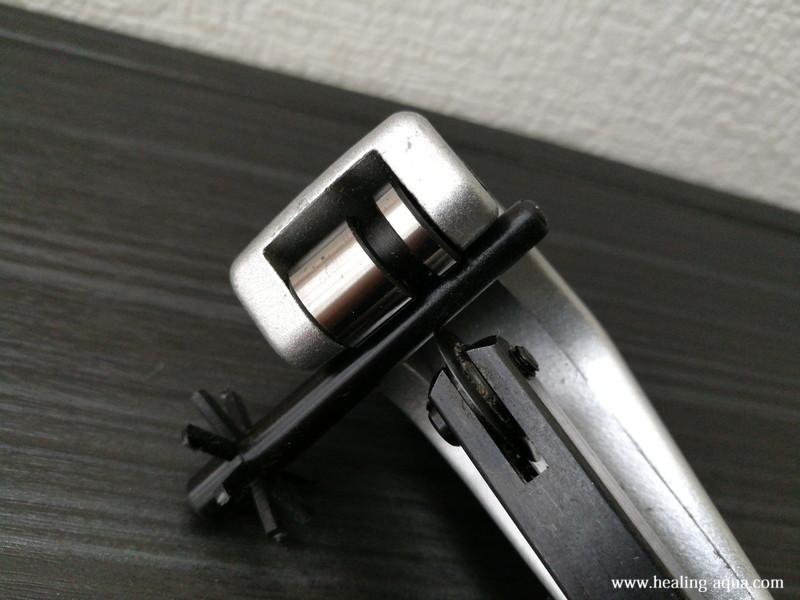 スポンジフィルターLS-30S棒状分パイプカッターで切断