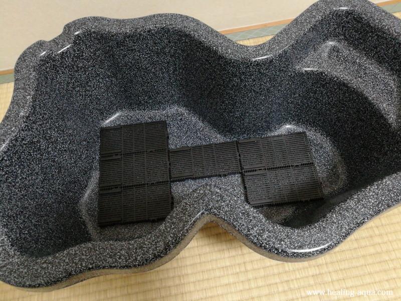 GEXマルチベースフィルターをなごみ池Mに敷く