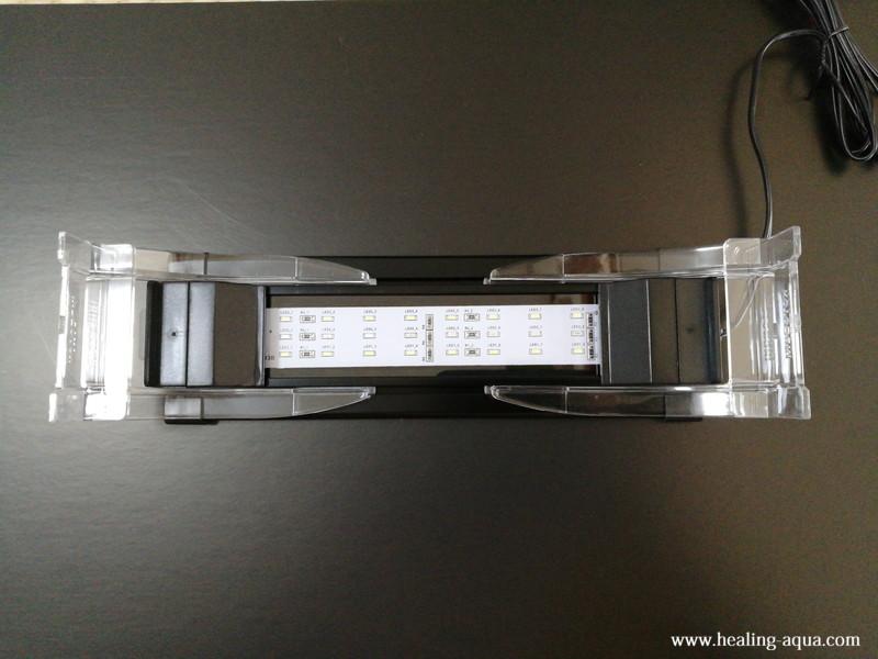 フラットLED2032ブラッククリアリフトスタンド取付完了