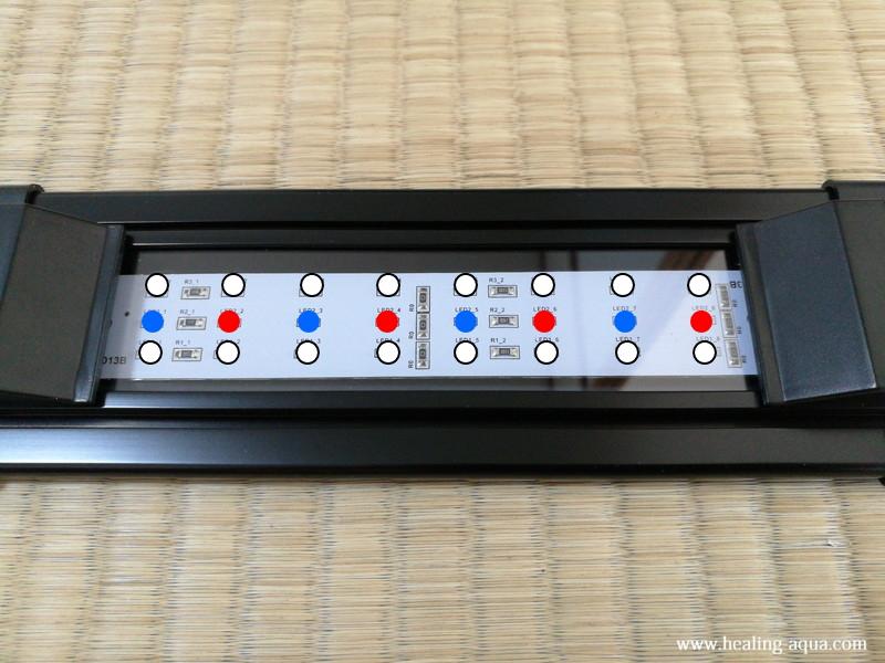 フラットLED2032ブラックLED電球配置