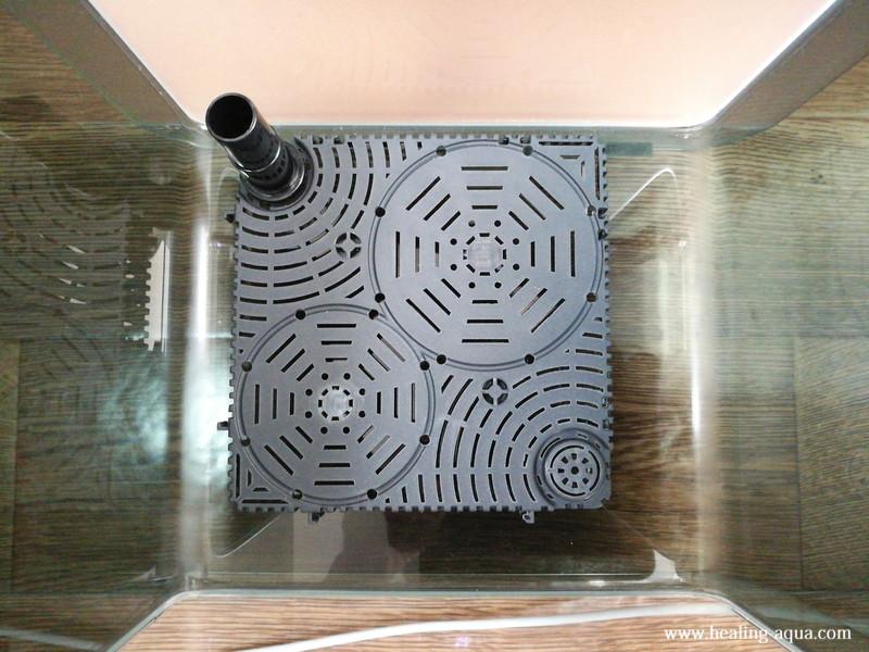 アーク250水槽に底面フィルターを敷く