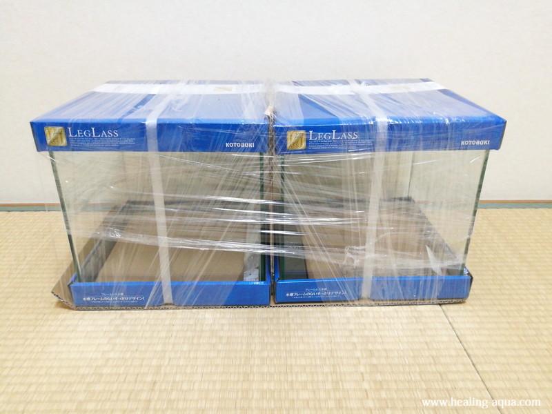 コトブキ工芸レグラス30cmキューブ水槽クリスタルキューブ300×2台到着